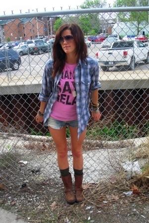 vintage shirt - Target shirt - Target boots - Von Zipper sunglasses