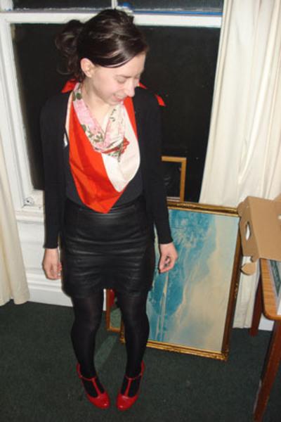 vintage scarf - vintage skirt - I love Billy shoes - supre top