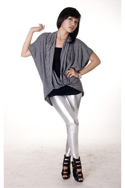 mangga dua top - Zara top - mitchybell leggings - random from Hong Kong shoes