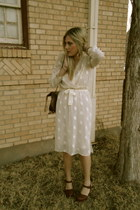 cream thrifted vintage dress - dark brown Indigenous Imports bag - dark brown Je