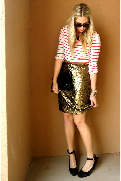 white Loft t-shirt - bronze NY&amp;Company skirt