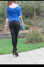 Black-true-religion-jeans-blue-bebe-shirt-sky-blue-louis-vuitton-bag