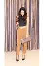 Silver-clutch-vintage-bag-black-zara-heels-bronze-zara-pants