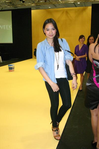 H&M - forever 21 t-shirt - Zara - Forever21 shoes - Prada purse