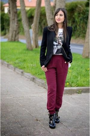 Forever 21 t-shirt - asos boots - Mango blazer - Forever 21 pants
