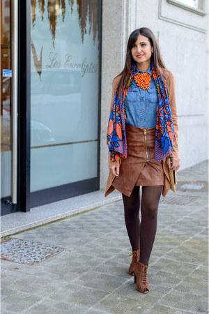 Bershka shoes - Simplemente Luna blazer - Bershka shirt - Zara scarf