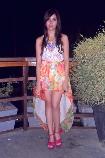 floral mullet Sabrina by Teena skirt - embellished Topshop blouse