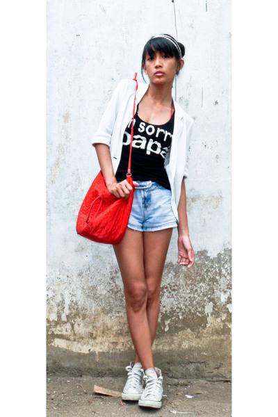 accessories - blazer - shirt - jeans - accessories - Converse shoes