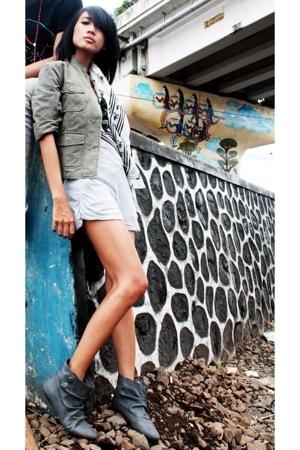 jacket - shirt - shorts - accessories - Zara boots - sunglasses