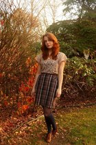 navy modcloth skirt - navy modcloth stockings - tan lace Forever 21 top