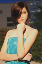 aquamarine DIDD dress - teal DIDD heels - gold DIDD belt