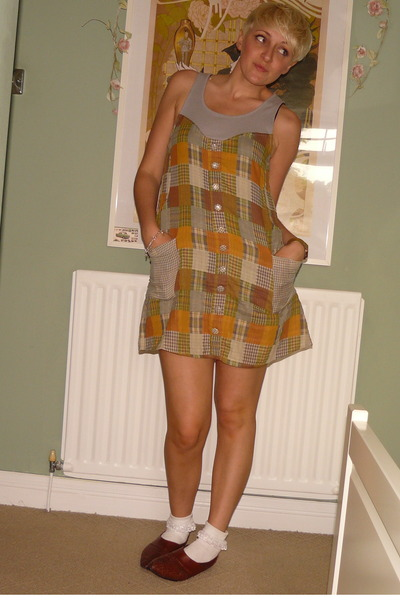 Ruche dress - Ebay socks - vintage shoes