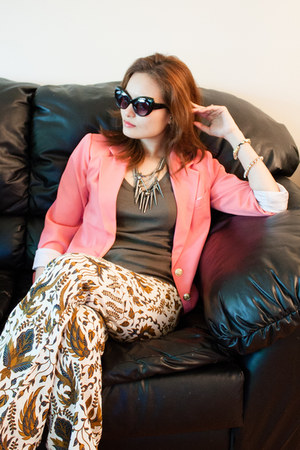 bubble gum coral Forever 21 blazer - black cat eye xhilaration sunglasses