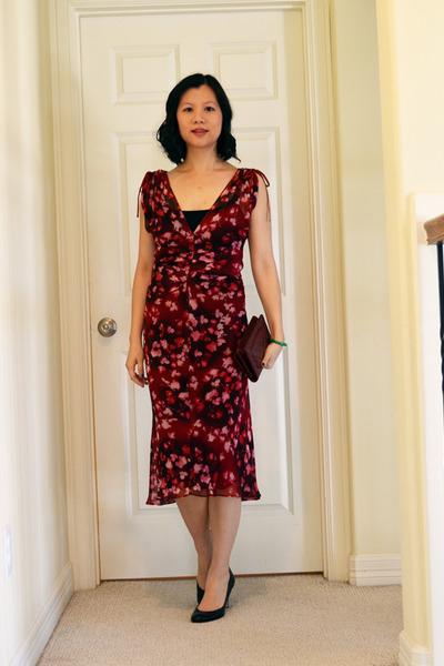 Diane Von Furstenberg dress - woc in dark red Chanel bag