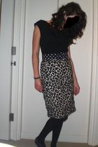 Topshop t-shirt - vintage belt - H&M skirt - Marks and Spencers tights - Melissa