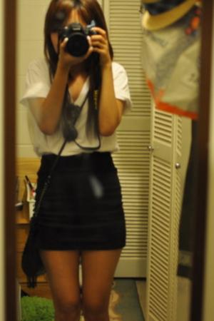 Hanes t-shirt - skirt