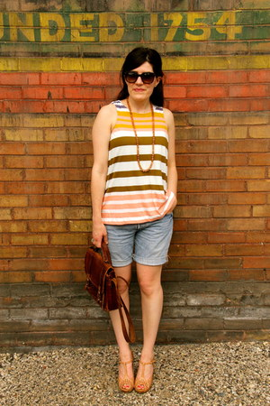 striped Anthropologie shirt - nude restricted shoes - denim Levis shorts