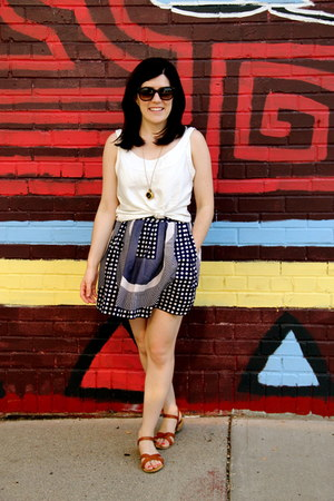 pattern Urban Outfitters skirt - tortoise Anthropologie sunglasses