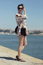 Vintage-shirt-zara-shorts-pull-bear-sandals