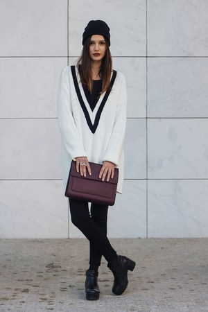 white H&M jumper - black Stradivarius hat - crimson Parfois bag