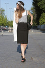Black-zara-skirt-white-mango-coat-black-zara-sandals
