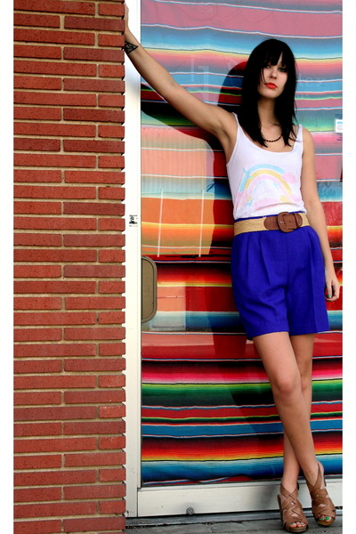 vintage shorts - franco sarto shoes - children of the sun top