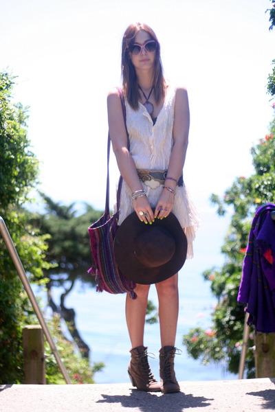 Forever 21 boots - silk garment district dress - vintage hat - vintage belt