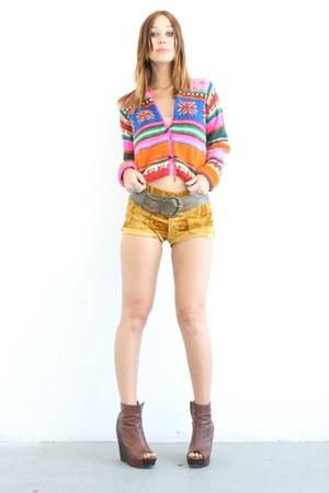 neon crystallized vintage sweater - platform Steve Madden boots