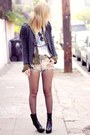 Vagabond-boots-obstacle-fringe-billabong-sweater-tunnel-vision-shorts