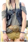 Motorcycle-vintage-vest-thrifted-boots-leather-girl-on-a-motorcycle-wallet