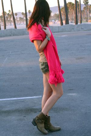 Vintage Harley Davidson boots - neon pink crystallized vintage scarf - open knit
