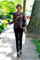 purple vintage blouse - black H&M jeans - black Finsk shoes - gold vintage neckl