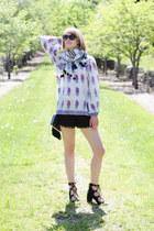 black fringe Topshop bag - white tassel Loft scarf - black pom pom asos shorts
