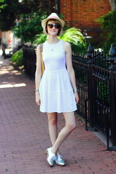 white eyelet BCBG dress - light yellow straw fedora Lou Lou hat
