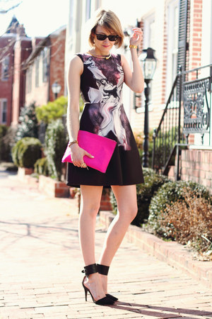 hot pink clutch asos bag - deep purple psychedelic Yoana Baraschi dress