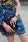 Black-gold-ysl-wedges-blue-print-mini-issa-dress-black-mini-sophie-hulme-bag