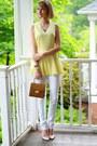 White-skinny-mango-jeans-mustard-structured-vintage-bag