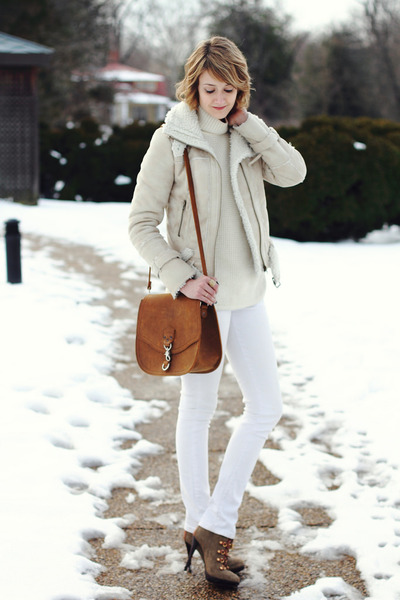 white skinny jeans Mango jeans - olive green ankle boots tory burch boots