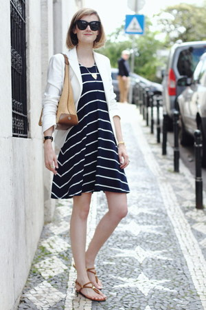 navy striped Mango dress - white tailored Zara blazer