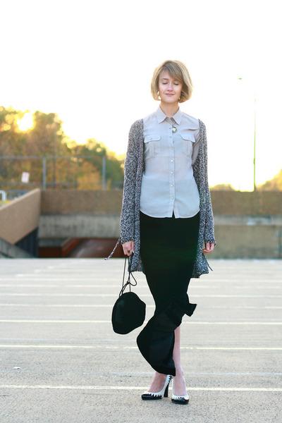black vintage skirt - beige H&M blouse - black vintage bag - white Betseyville s