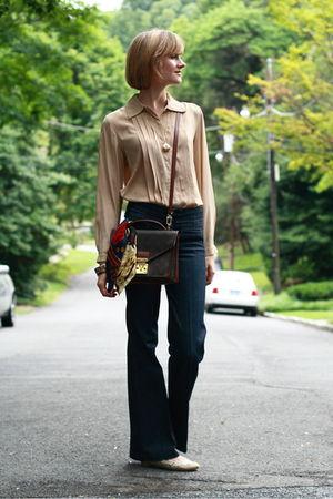 beige Joseph Picone blouse - blue Seven jeans - beige Ralph Lauren scarf - brown