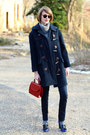 Navy-toggle-burberry-coat-navy-skinny-h-m-jeans