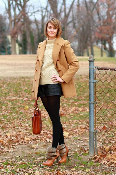 ivory scottish knit vintage sweater - tawny fur-trimmed Dolce Vita boots