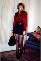 red vintage top - black Givenchy boots - black print Eloise tights