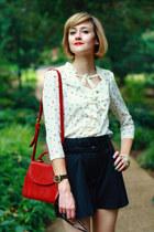 ruby red shoulder bag romwe bag - black pleated Forever 21 shorts