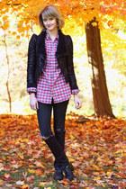 red plaid flannel vintage shirt - black brogues western vintage boots