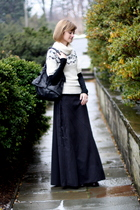 black Illig skirt - black Target t-shirt - white Old Navy sweater - black DKNY b