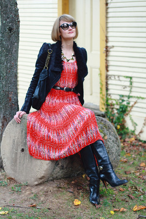 black knee-high karen millen boots - red patterned romwe dress