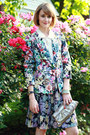 Aquamarine-floral-zara-blazer-neutral-mary-janes-stuart-weitzman-shoes