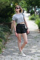 heather gray crop top Topshop top - black leather zipper Topshop shorts